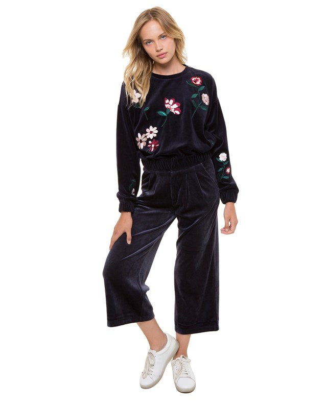 Свитшот Spellbound Floral Embroidered Velour Pullover