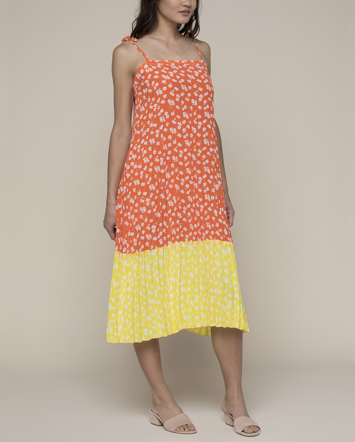 Платье Ditsy Daisy Print Blocked Pleated